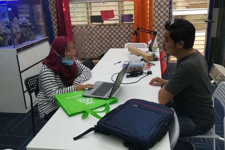 serahan-laptop-dana-kita